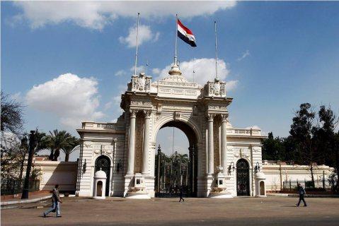 شقة (285)متر للبيع بفيلا بحدائق القبة أول مصر و السودان