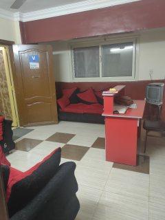 شقة للايجار 84م بالشيخ زايد الحي 11