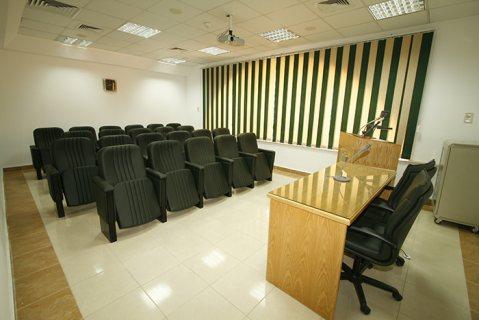 قاعات محاضرات كورسات اجتماعات بافضل الاسعار