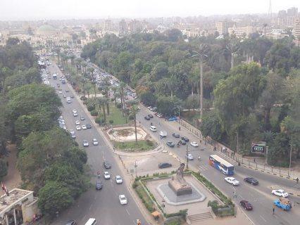 للبيع او الايجار شقة فاخرة بفيو النيل على كوبرى الجامعة للشركات الكبرى
