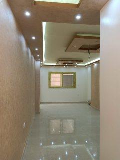 شقة لعشاق المساحات الصغيرة شارع البوابة الرابعة الجديدة  بحدائق الاهرام