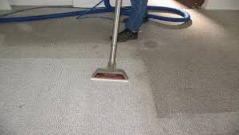 شركات تنظيف الانتريهات والصالونات والستائر بأقل تكلفة بمكانك 01129716362