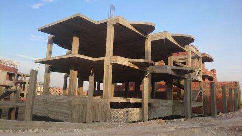 ارض للبيع بالسياحية الشمالية الاولي خلف مول العرب